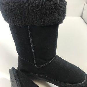 Bear paw boots size 6  NWOB black